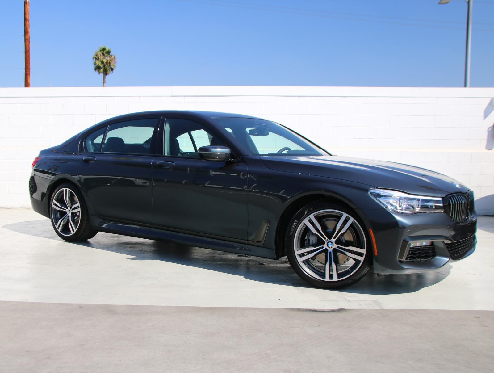 New 2019 BMW 7 Series 740i With Navigation