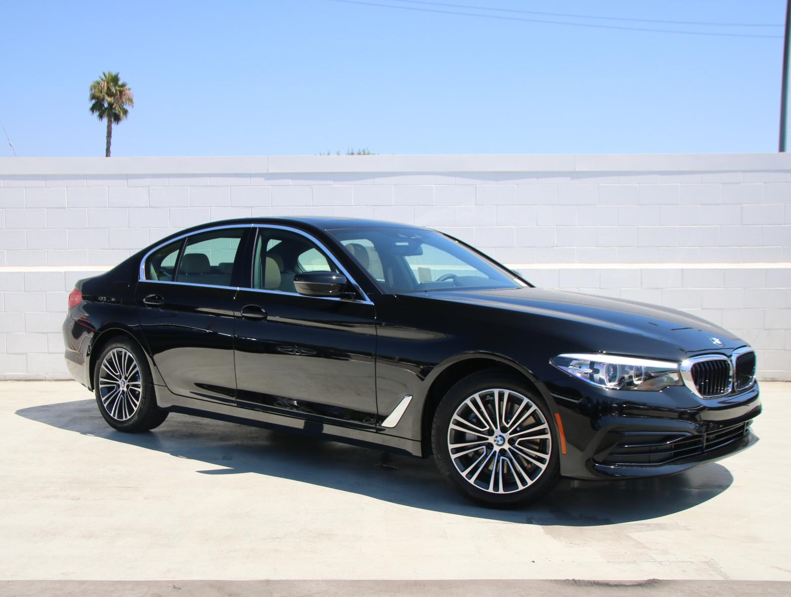 New 2019 BMW 5 Series 530i With Navigation