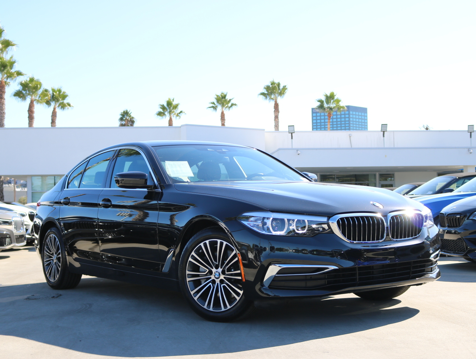 Pre-Owned 2019 BMW 5 Series 530i Sedan 4D