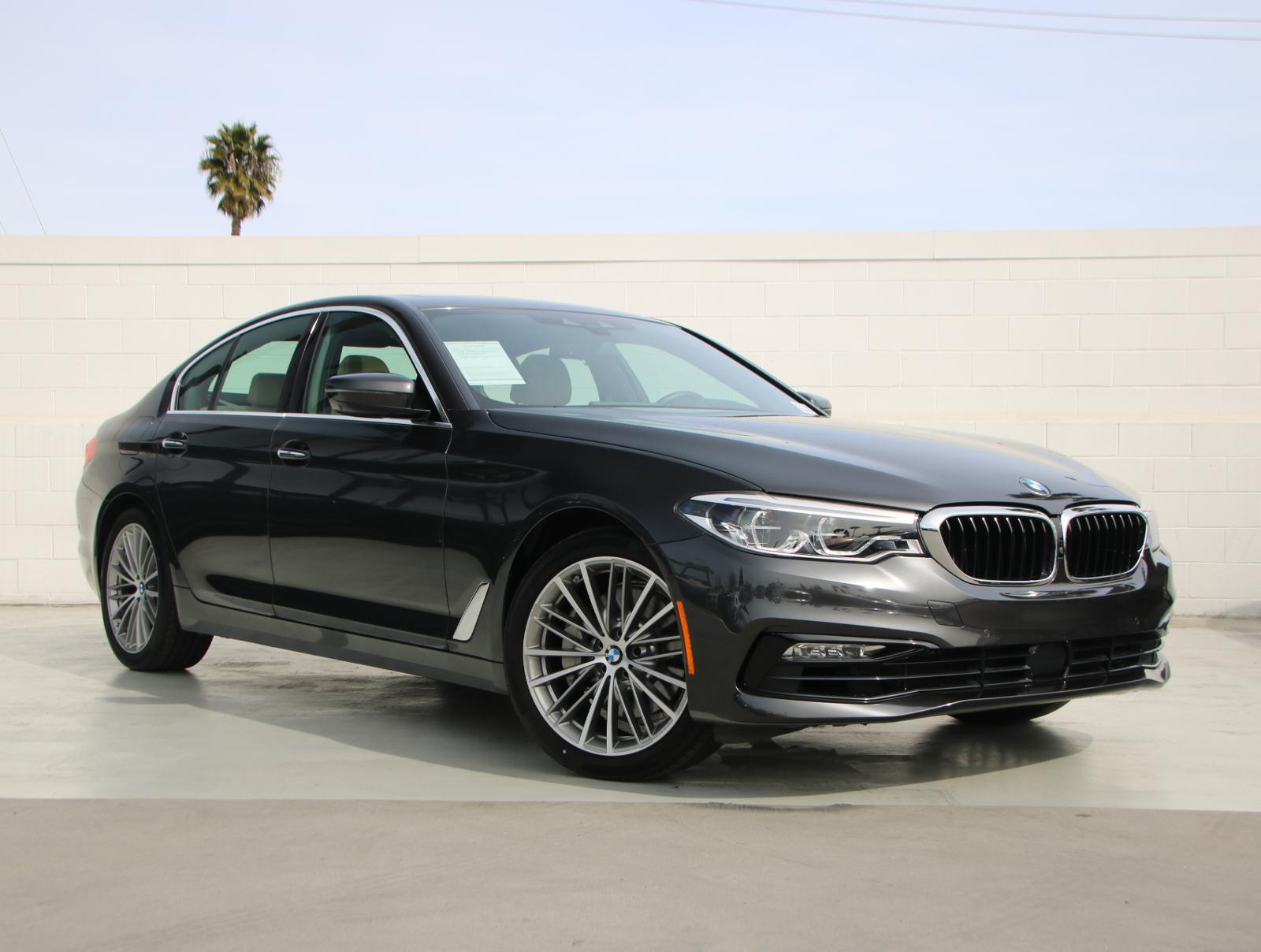 Pre-Owned 2018 BMW 5 Series 540i Rear Wheel Drive 540i Sedan
