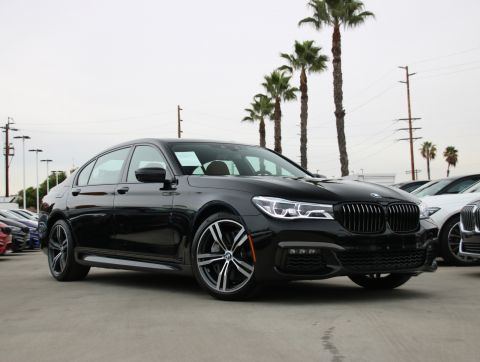 Pre-Owned 2019 BMW 7 Series 750i Sedan 4D